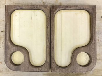the pair of trays